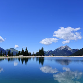lake in mountain by Francesco Benettolo - Landscapes Waterscapes ( clouds, mountains, sky, nature, lake )