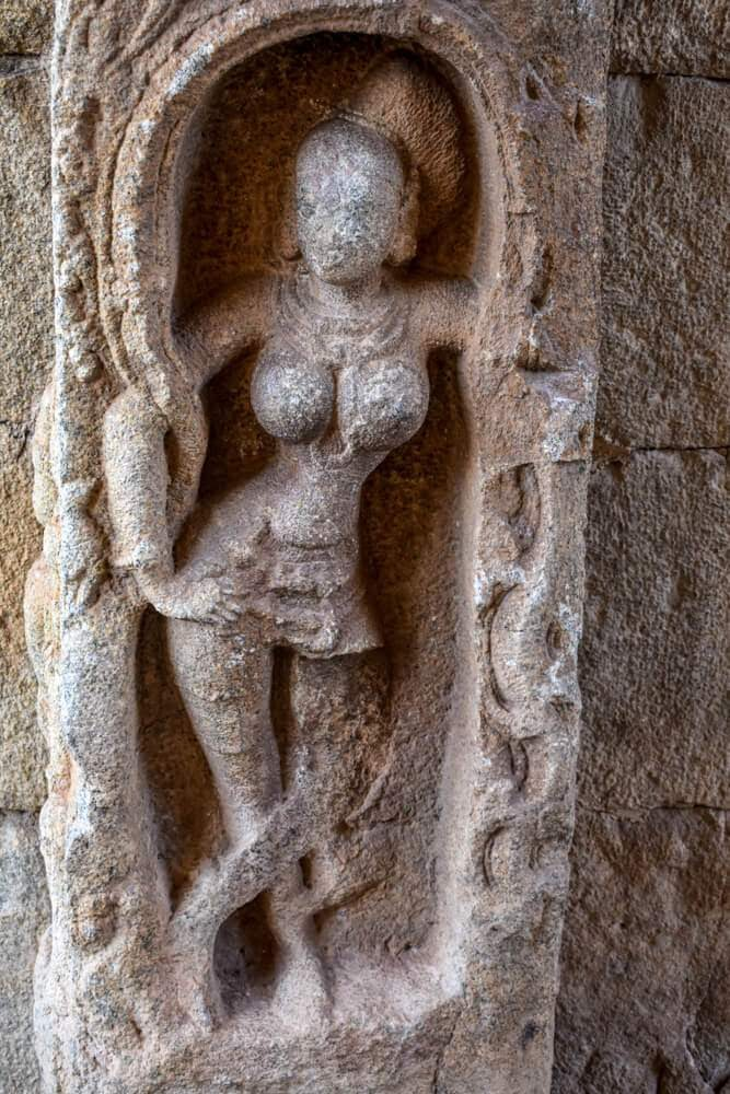 god+idol+achyutaraya+hampi+sculpture
