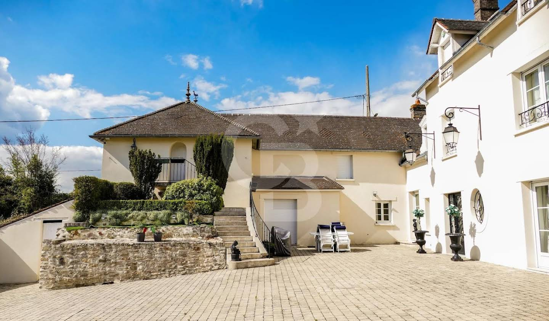 House Fontenay-Saint-Père