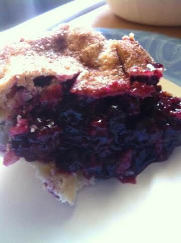 Easy Triple Berry Pie
