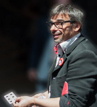Alfonso-V-magia-con-cartas
