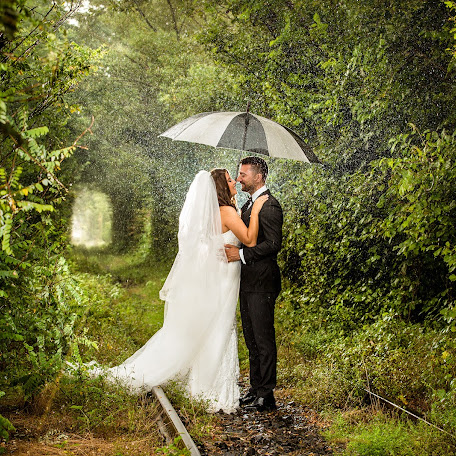 Wedding photographer Laurentiu Ciuruc (binecuvantare). Photo of 10.08.2016