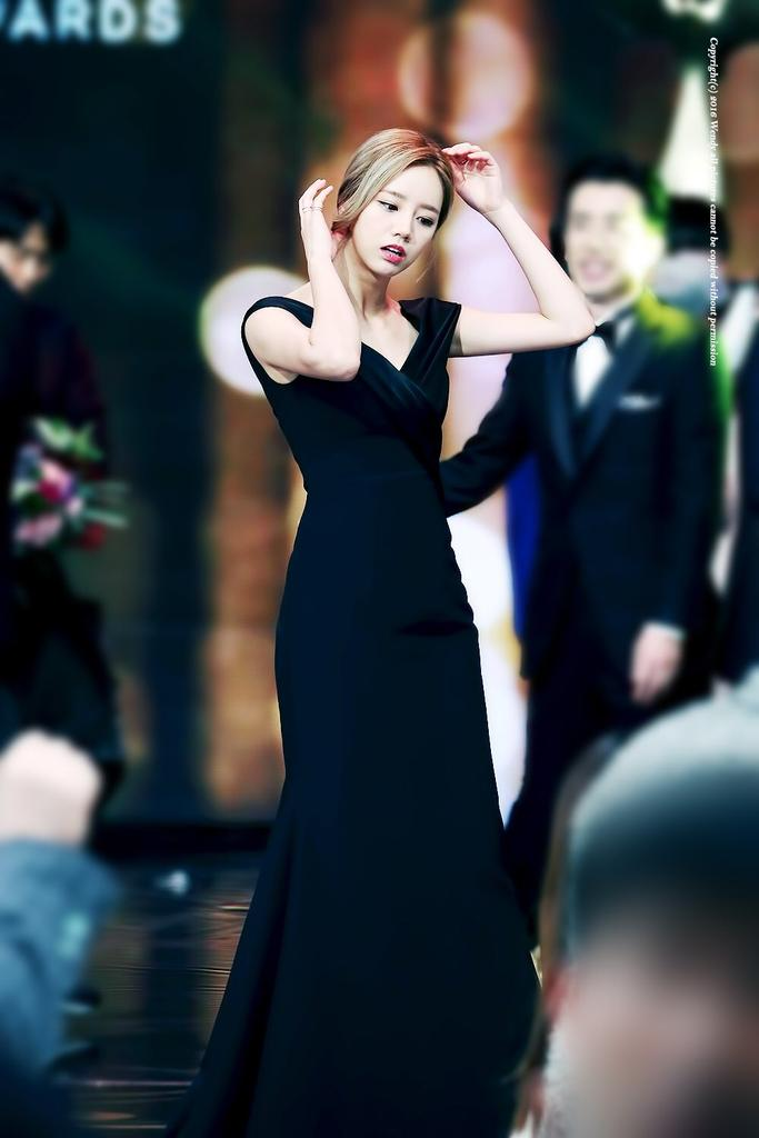 hyeri gown 6