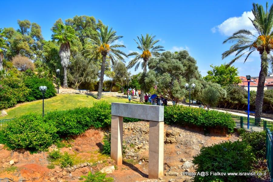 Экскурсия в Яффо. На раскопках у ворот египетского фараона Рамсеса II. Гид в Тель-Авиве и Яффо Светлана Фиалкова.