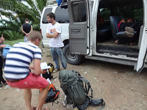 Photo: Balíček Agua Azul, Vodopádu a cesty tam a dál jsem zakoupili od cestovky. Ovšem při cestě zpátky se vyskytl problém, protože autobus, na kterej jsme měli nastoupit, byl plnej. Následovalo asi hodinový čekání na další colectivo.