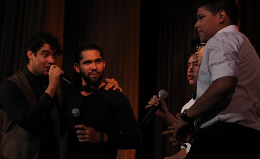 Mucha emoción transmitió el dúo Caibo a los muchachos de la Orquesta LatinoCaribeña Infantil del Zulia.