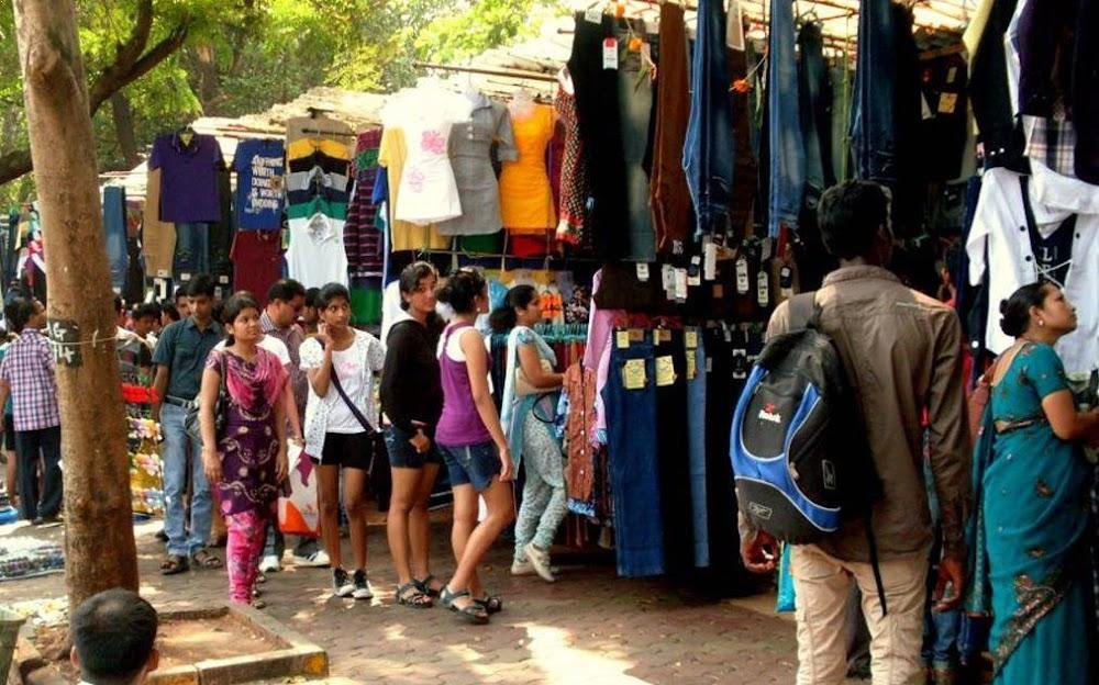Fashion Street-street-shopping-in-mumbai_image