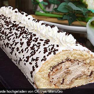 Biskuitrolle mit Nutella - Cappuccinosahne