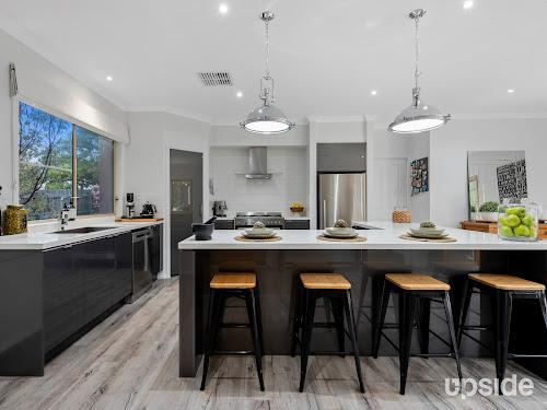 Photo of property at 24 Gweno Avenue, Frankston 3199