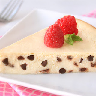 Low-Calorie Chocolate Chip Cheesecake