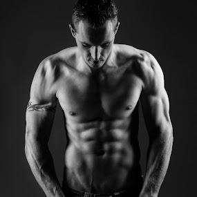 Brandon by Michal Challa Viljoen - Black & White Portraits & People ( contrast, studio, lighting, fitness, low key, black and white, muscles, man,  )