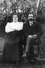 Photo: Petronėlė Rupeikienė su pirmuoju vyru Gedgaudu. 1920 m.