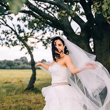 Wedding photographer Ekaterina Kapitan (ekkapitan). Photo of 05.10.2017
