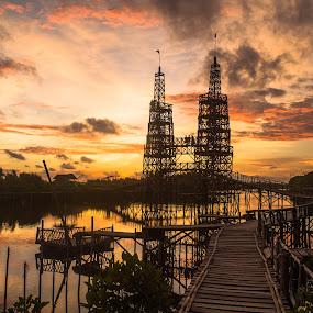 Bamboo Twin Towers MJAA Kulonprogo Yogyakarta Indonesia by Shohibul Huda - Landscapes Sunsets & Sunrises ( tower, bamboo, building, yogyakarta, indonesia, sunset, bridge, sunrise, architecture, landscape )