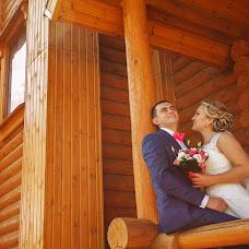 Wedding photographer Vasiliy Menshikov (Menshikov). Photo of 20.10.2015