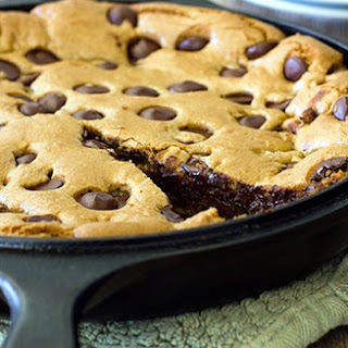 Giant Chocolate Chip Cookie in a Skillet