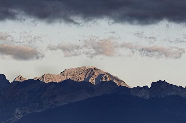 Le severe Alpi Apuane di manolina