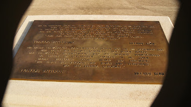 Photo: Plaque commemorating the ending of WWI