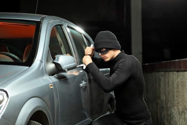 thiết bị chống trộm cho ô tô