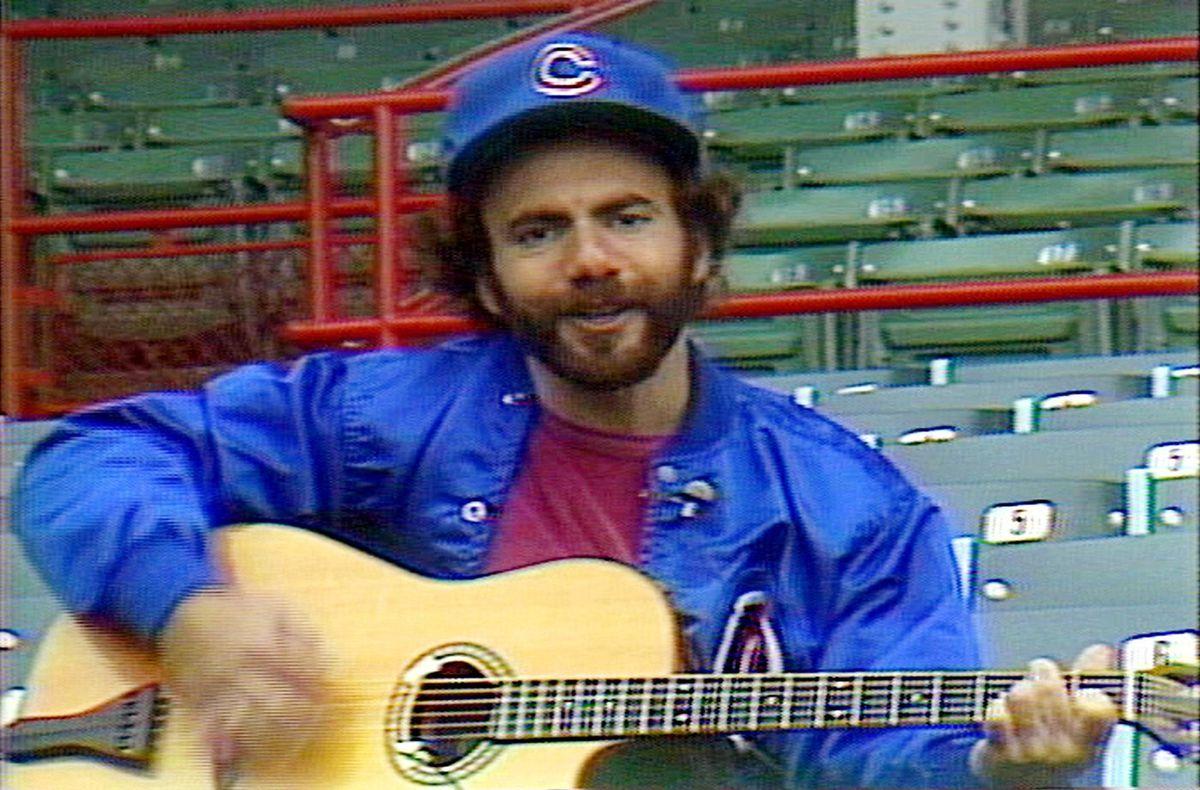 Ca sĩ nhạc đồng quê Goodman, sinh năm 1948 tại Chicago, cũng đã viết một bài hát cho Cubs