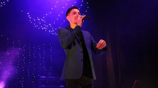 El cantante Manu García presenta su nuevo disco, 'Sonríe', en la EMMA