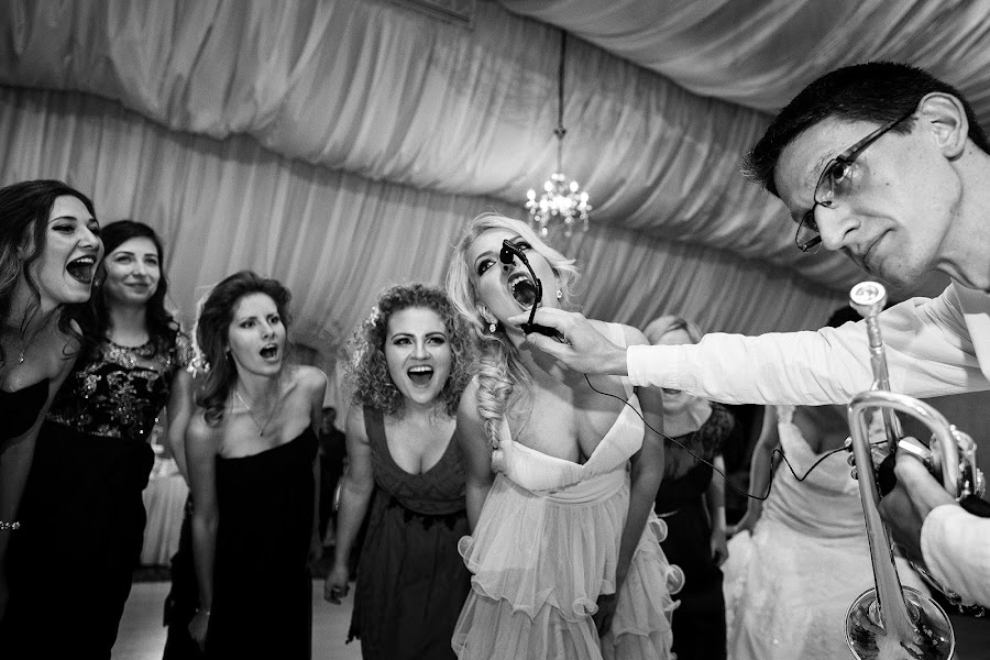 Wedding photographer Marius Tudor (mariustudor). Photo of 04.08.2015
