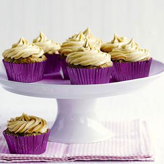 Vegan Banana & Peanut Butter Cupcakes