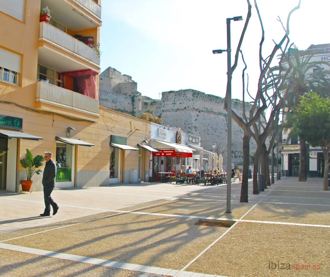 Plaza Del Parque Eivissa