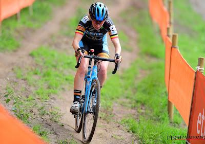 Een Belgische veldrijdster die wint: Joyce Vanderbeken behaalt haar eerste seizoenszege