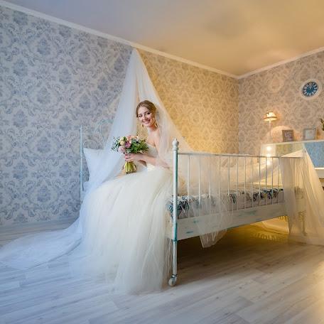 Wedding photographer Anatoliy Pavlov (OldPhotographer). Photo of 06.03.2017