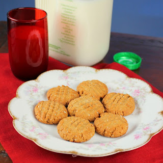 Gluten Free and Sugar Free Peanut Butter Cookies.
