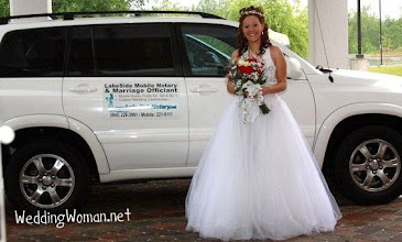 Photo: ~www.WeddingWoman.net~  Photo by Sarah Thompson - http://PhotoDayBliss.com