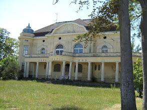 Photo: Orts-Impressionen aus dem Ostseebad Kühlungsborn: Die Villa Baltic wartet darauf, aus ihrem Dornröschenschlaf erweckt zu werden ... siehe auch www.freie-ferienwohnung-kuehlungsborn.de und www.binz-zingst-kuehlungsborn.de .