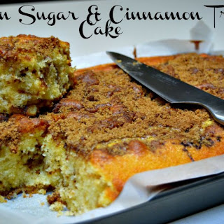 Brown Sugar & Cinnamon Tray Cake