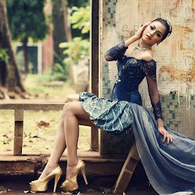 by Arrahman Asri - People Fashion ( glamour, fashion, bench, blue, kebaya, gold, people )