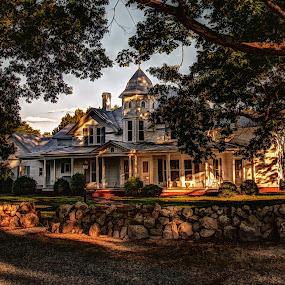 Old farm house by Jeremy Yoho - Buildings & Architecture Public & Historical ( farm, victorian, house, plantation, rural )
