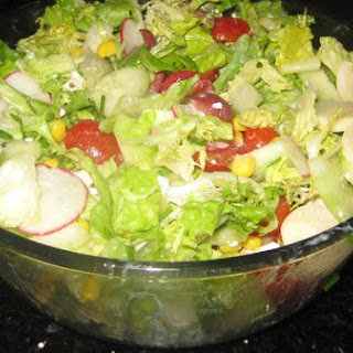 Vegetable Salad With Creamy Oregano Dressing