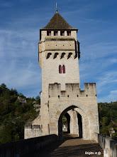 Photo: Sortie de Cahors , par le pont Valentré