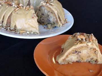 Ms. Geraldine's Fresh Apple Cake