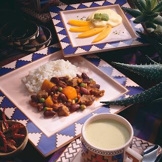 Lamm-Chili mit Kürbis und Erbsen