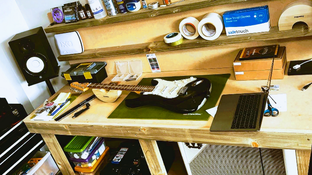 Richy's Guitar Workshop - Guitar Shop