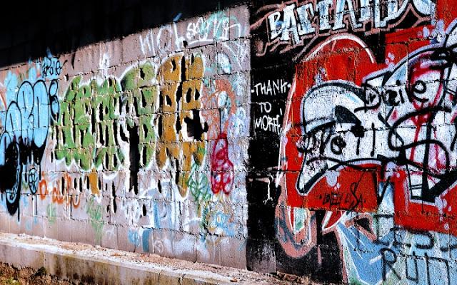 Muro di vecchia stazione ferroviaria di Massimiliano73