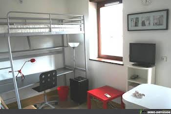 Studio 19 m2