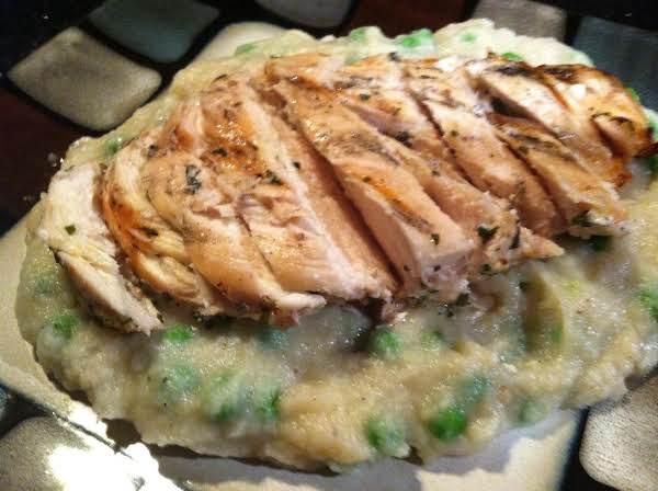 Green Pea Studded Roastd Garlic Cauliflower PurÉe