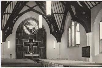 Photo: Wnętrze kościoła św. Andrzeja Boboli w Londynie.