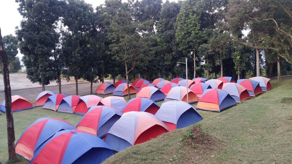 Agroedukasi Wisata  Bukit Hambalang  Posisi Camping Corporate   Tidak Jauh dari diDaerah Benteng - Bogor
