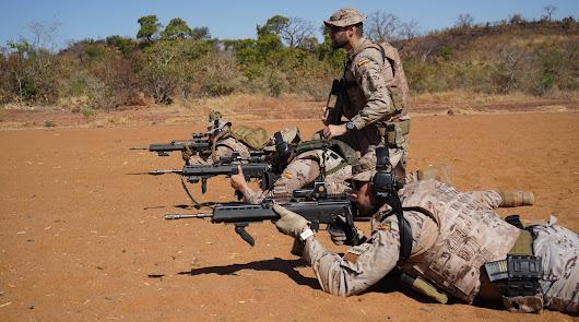 Artilleros de la Legión forman a soldados en Mali contra los yihadistas