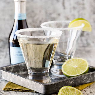 Gin, Elderflower and Prosecco Cocktail.