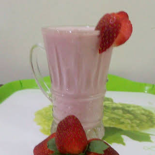 Strawberry Smoothies Without Bananas Recipes.