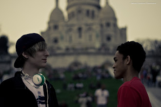Photo: Výjezd do Paříže v rámci projektu Comenius. Pobyt v Paříži absolvovalo 10 studentů z našeho gymnázia (23. – 31. březen 2012).